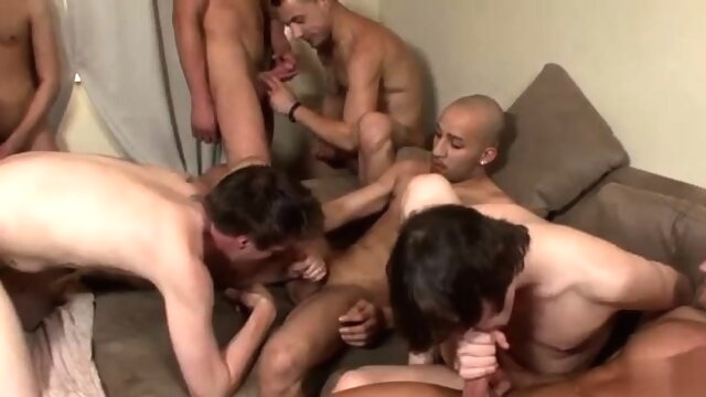 Gay cute fem guy porn and free sex for daddy Avery, an blowjob gayxxx