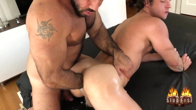 double fisting big cock gayxxx