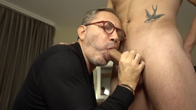 Mr BigHOLE Big Ass Gay Escort Fucked Again amateur gayxxx
