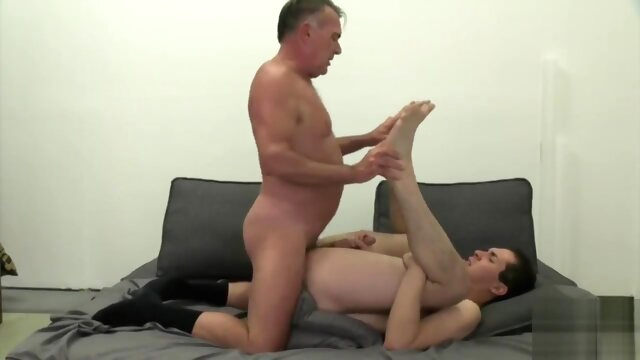 Grandpa has dirty sweaty sex with a hot younger twink bear gayxxx