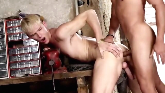 Let's Play With Kris Blent - Sex In The Shed bareback gayxxx