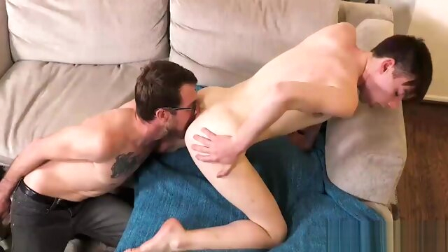 Gay Rimjob And Bigdick Bareback Anal Sex bareback gayxxx